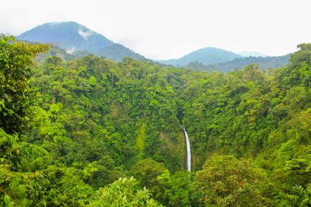 La fortuna waterfall landscape Imagens