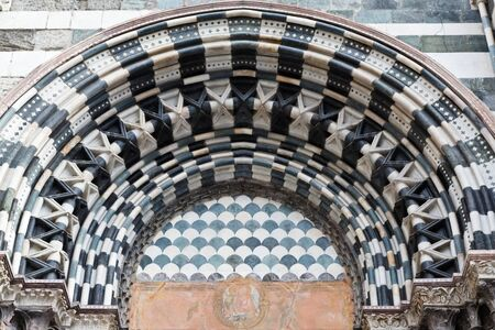 Arch in Saint Lawrence (Lorenzo) Cathedral in Genoa, Italy Stock Photo - 12461529