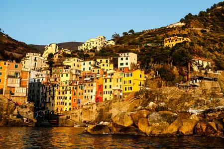 cinque terre: Sunset in the Village of Riomaggiore in Cinque Terre, Italy