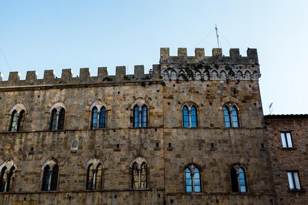 priori: Medieval Palazzo dei Priori in Volterra,Tuscany