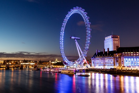 big eye: London Eye and London Cityscape in the Night, United Kingdom