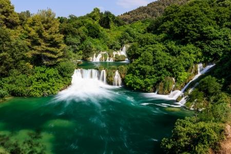 クルカ国立公園、クルカ クロアチア川の滝のカスケード 写真素材