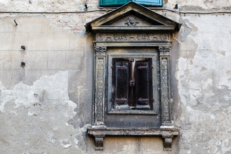 gothic window: Ancient Window in the Old House in Siena, Tuscany, Italy