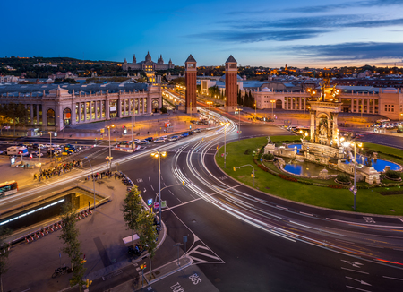 Aerial View on Placa Espanya and Montjuic Hill with National Art Museum of Catalonia, Barcelona, Spain 에디토리얼