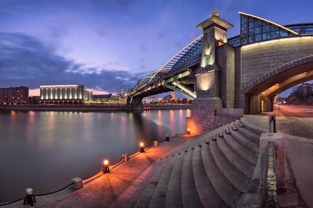 moskva river: Moskva River Embankment and Bogdan Khmelnitsky Bridge, Moscow, Russia Stock Photo