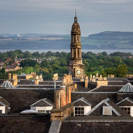 イギリス、スコットランド、エディンバラのスカイライン 写真素材