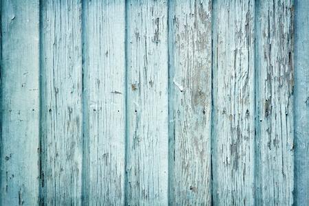 �wood: De madera vieja pintada luz de fondo azul r�stico, pintura desconchada Foto de archivo