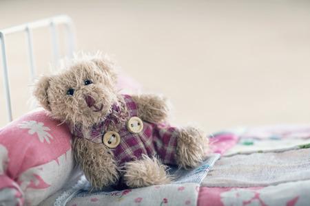 Teddybeer in een speelgoedwinkel ber, ontspannende begrip Stockfoto