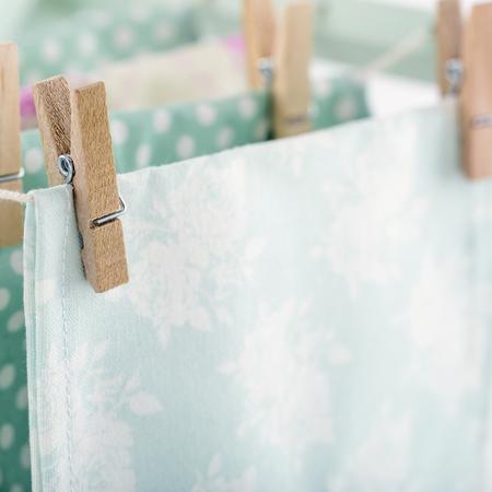 Waslijn achtergrond, huiselijk huishoudelijk werk begrip Stockfoto