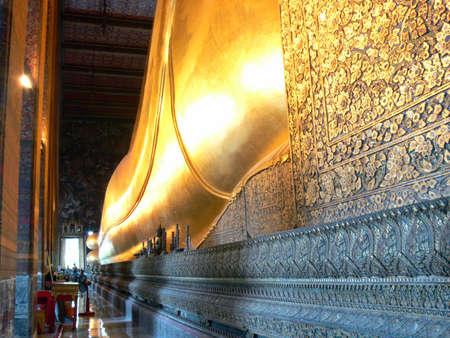 budha: Sleeping Budha