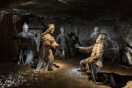WIELICZKA, POLAND - JUNE 3, 2019: Salt Statues in the Wieliczka Salt Mine, UNESCO World Heritage Site in the town of Wieliczka, southern Poland Redakční