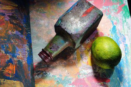 botle: Botle and lemon.