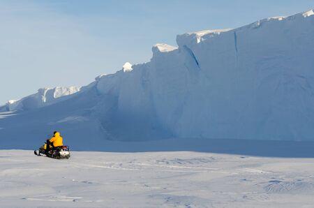 exploring antarctica Stok Fotoğraf