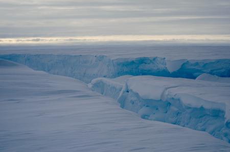 baratro: Chasm nel Hingezone, Antartide Archivio Fotografico