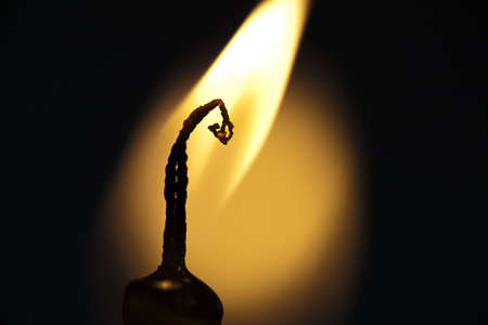 extremely: Fire burning in Candle - extremely closeup