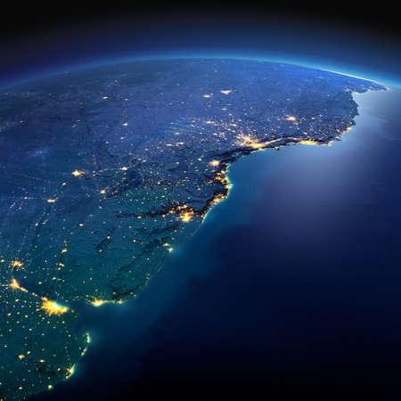 america del sur: Noche planeta Tierra con luces de socorro y de la ciudad de una manera precisa iluminadas por la luz de la luna. Sudamerica. Río de la Plata. Los elementos de esta imagen proporcionada por la NASA