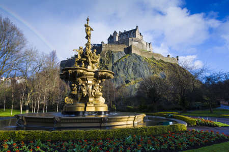princes street: Ross Fountain in Princes Street Gardens, with Edinburgh Castle on the hill behind