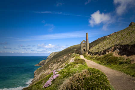 Disused Wheal Coates tin mine near St Agnes Head in Cornwall, UK Stock Photo