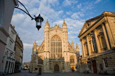 tourist attractions: Historic tourist attractions of the Abbey and Roman Baths in Bath, Somerset, UK