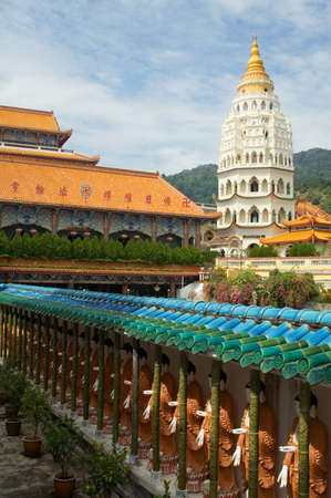 georgetown: Distinctive Pagoda of Rama VI at Kek Lok Si temple also know as the of Supreme Bliss which sits on Crane hill overlooking district of Ayer Itam a suburb of Georgetown, Malaysia.