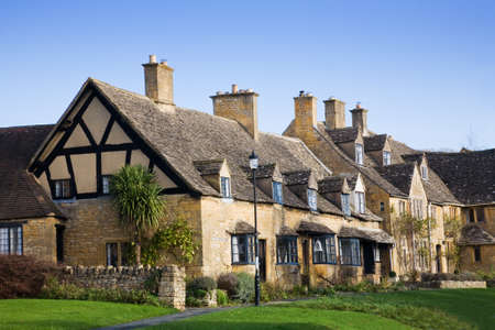 half timbered: Traditional cottages in a Cotswold village, England, UK.
