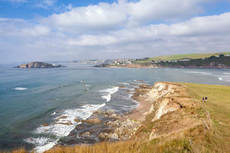burgh: View across the mouth of the River Avon from Bantham to Bigbury-on-Sea and Burgh Island in South Devon, UK