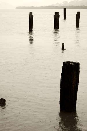 yesteryear: Old Wharf puestos de anta�o  Foto de archivo