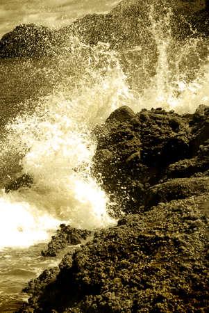 Waves crashing on the rocks Stock Photo - 2375970