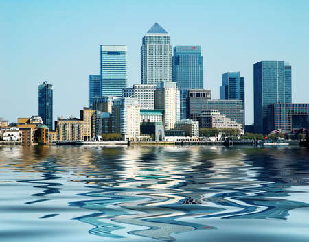 Geb�ude am Canary Wharf in London Lizenzfreie Bilder