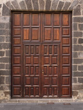 Imposing wooden double doors classic style entry Stock Photo - 11038276