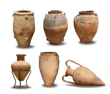 greek pot: Vasi vaso di argilla antichi e Minoan greci isolati Archivio Fotografico