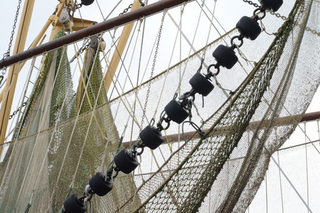 shrimp boat: Ropes on shrimp boat