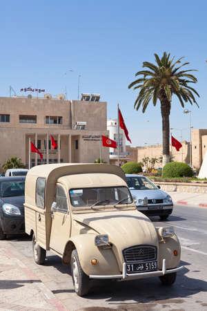 SOUSSE, TUNISIA - CIRCA MAY, 2012: Citroen vintage car on the street of Sousse on circa May, 2012 in Sousse, Tunisia. Stock Photo - 16284483