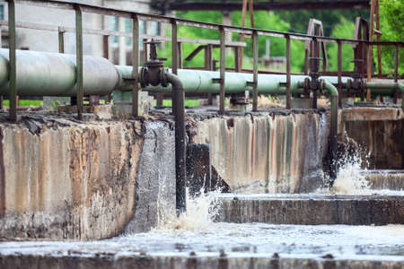 effluent: Oxygen supplying into the sewage water in tanks