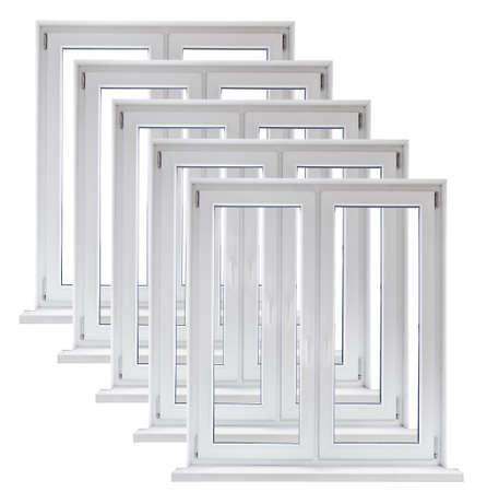 Lot de plastique blanc fenêtres à double portes sur fond blanc