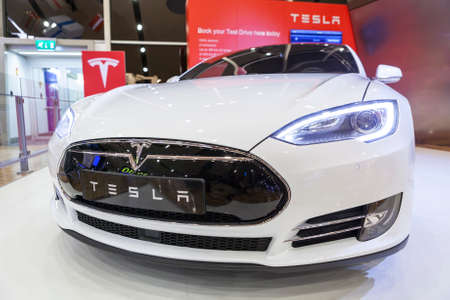 grille: HELSINKI, FINLAND-CIRCA DEC, 2015: Close-up front view of the Tesla car radiator grille. Whitestar electric sedan. The Tesla Model S is full-sized all-electric five-door, luxury liftback Editorial