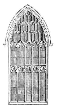 화려한 성당 창의 19 세기 조각