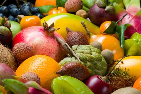 Fresh Thai tropical fruits heap, healthy food, diet nutrition, selective focus Standard-Bild - 119609014