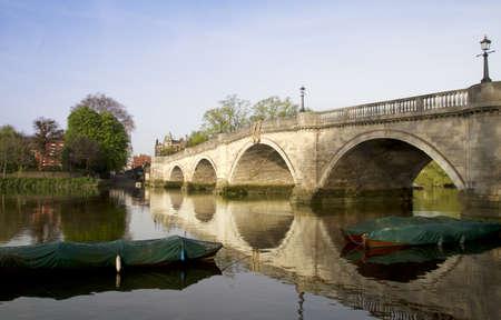 thames river: Richmond Bridge over the Thames at sunrise Stock Photo
