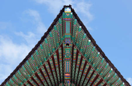 buddhist temple roof: Details of the roof of Jogyesa temple in Seoul, South Korea.