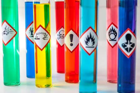 El peligro químico pictogramas de peligro de la Salud Foto de archivo - 61258675