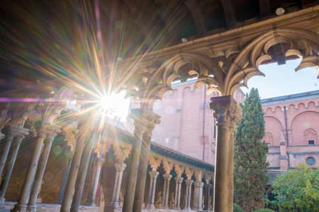 Cloister of Augustins facing sun in Toulouse France 免版税图像