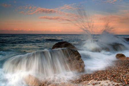 Storm waves photo