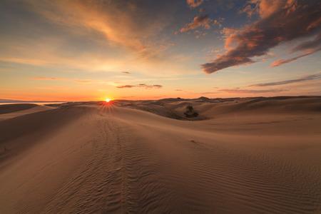 Een prachtig uitzicht over de Gobi-woestijn. Mongolië.