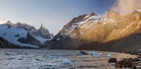 cerro fitzroy: Cerro Torre, Los Glaciares National Park, Patagonia, Argentina