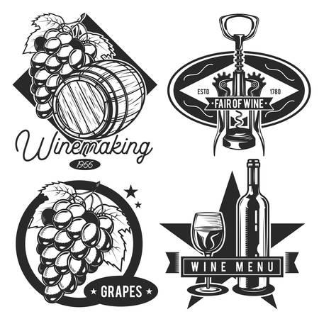 Set of vintage pirate emblems, labels, badges, logos. Isolated on white Çizim