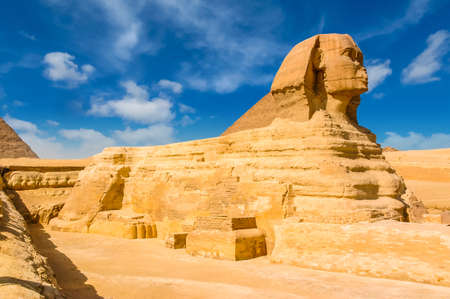 Egyptian sphinx. Cairo. Giza. Egypt. Travel background. Architectural monument. The tombs of the pharaohs. Vacation holidays background wallpaper Imagens
