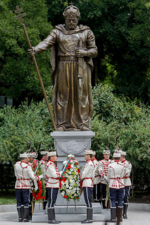 tsar: SOFIA, BULGARIA - JUNE 8: Guards of Honor placed a wreath of flowers in front of newly opened monument of the Bulgarian Tsar Samuil (997-1014) on June 8, 2015 in Sofia.