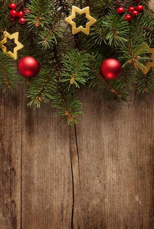 クリスマス枠した古いグランジ木製ボードです。 写真素材