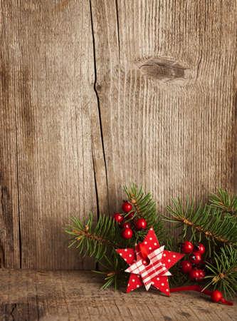 Karácsonyi dekoráció a fa deszkán